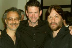 Carlos Cosattini, John Metcalfe y Patricio Villarejo, antes de la presentación con Peter Gabriel en Buenos Aires